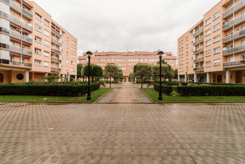 210610 Plaza del 1º de Mayo N3 2C Burlada_2000px_Comprimida_0034